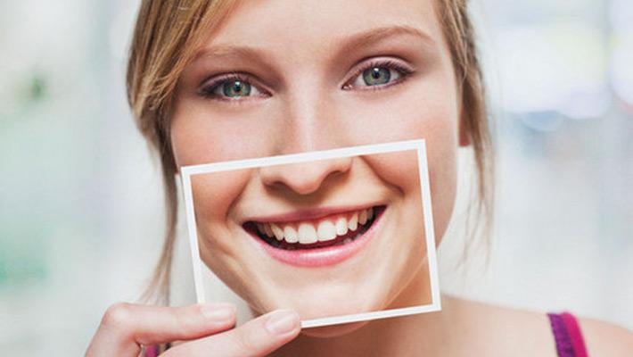 El Consejo General de Dentistas alerta del auge de la publicidad engañosa en el sector Odontológico.